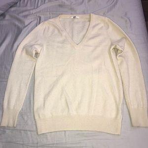Uniqlo cashmere cream vneck sweater